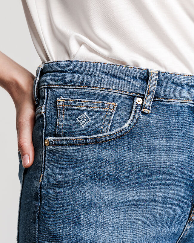 High-Waisted Slim Cropped Classic Jeans
