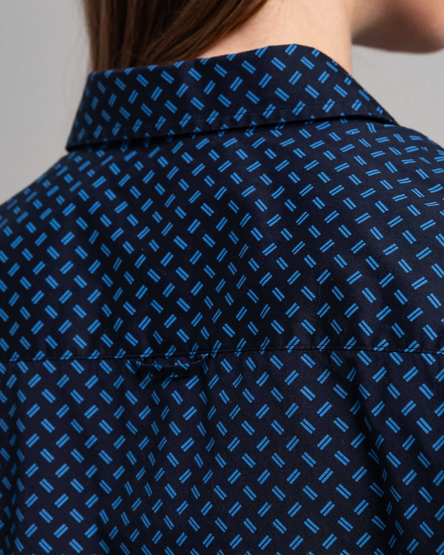 Signature Trail Stretch Bluse