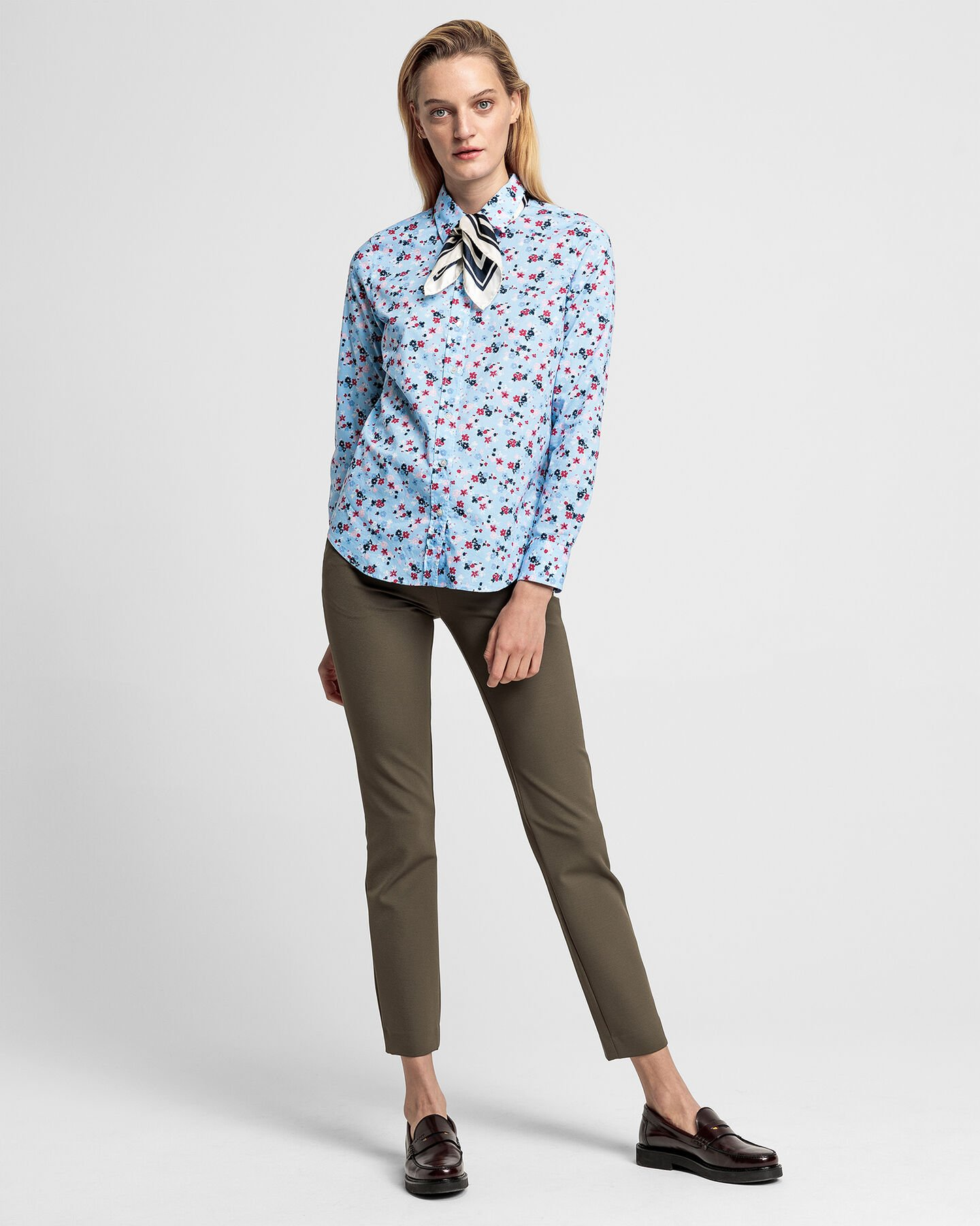 Scribbled Floral Stretch Shirt